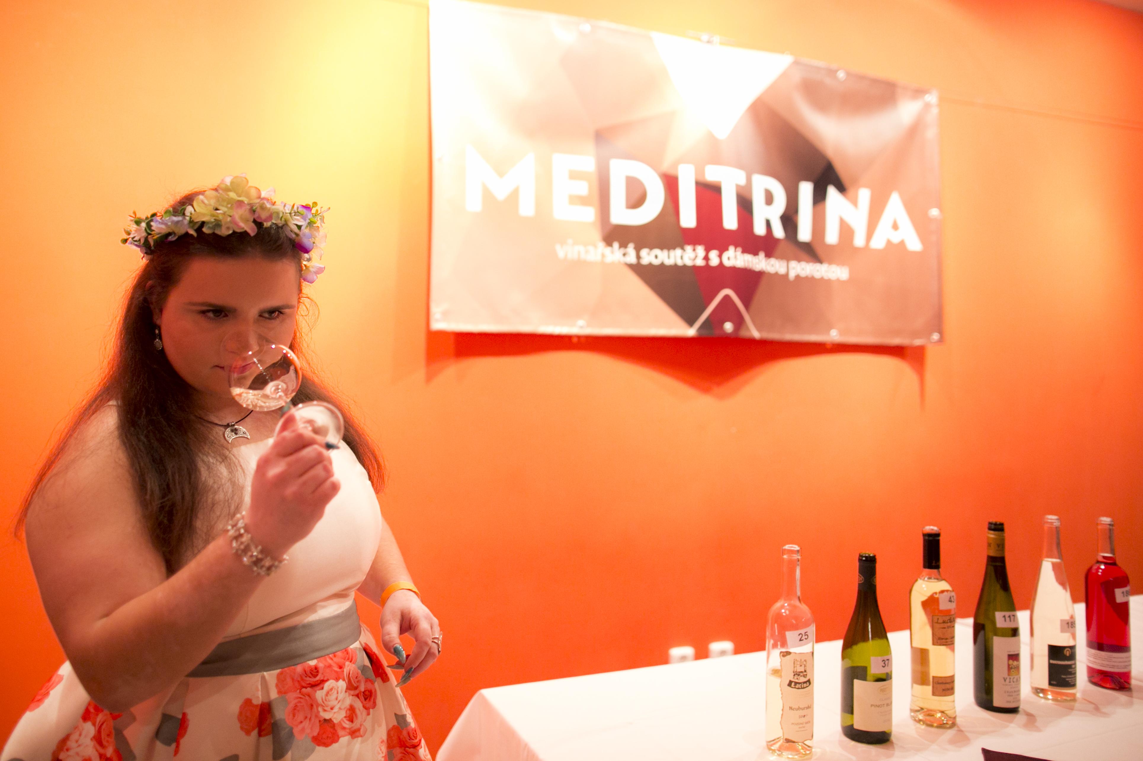 Meditrina_157